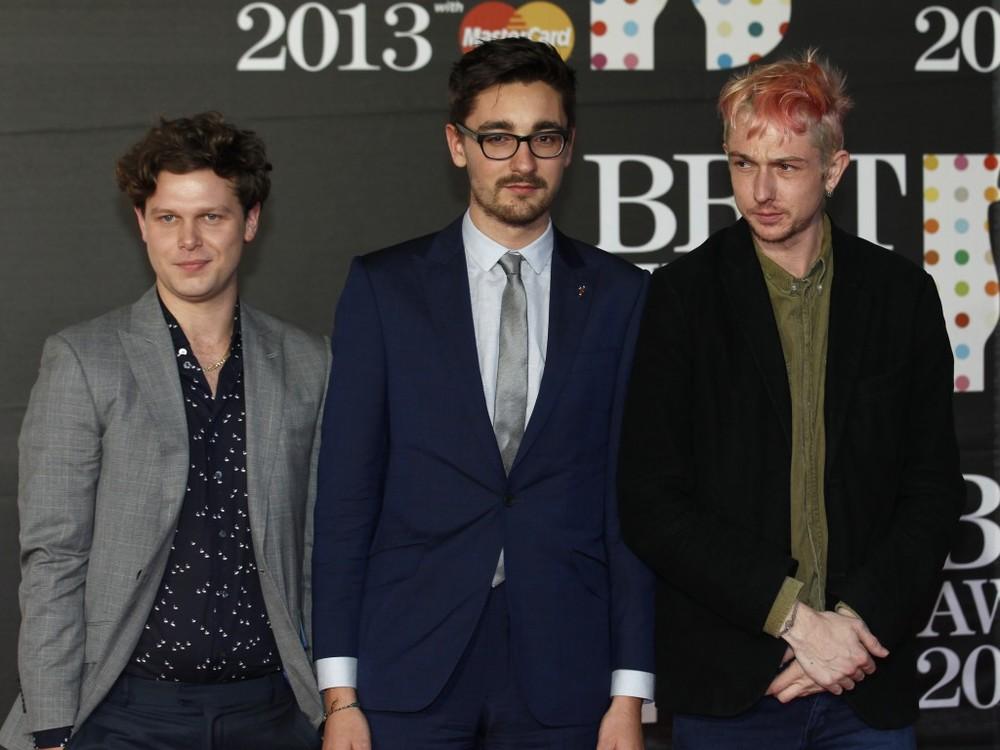 Alt-J. Os novatos da banda de indie rock estrearam com o pé direito. Indicados em três categorias (Revelação Britânica, Grupo Britânico e Álbum Britânico do Ano), os caras mandaram ver com as combinações criativas e bastante elegantes. Totalmente de acordo com o clima da festa.