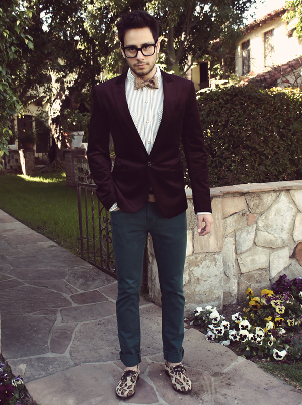 reyal+fashion-+maroon+blazer-+teal+pants-+leopard+print+sneakers-+large+black+frame+glasses.jpg