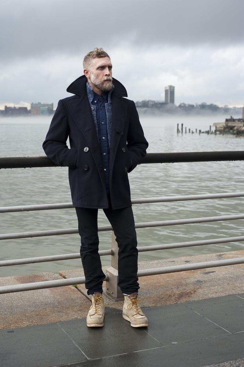 6# Philip Crangi .  Um cara que virou uma espécie de ícone da moda masculina moderna.  Adepto das tatuagens e da barba grande, Crangi usa tais elementos sem  parecer nenhum troglodita.