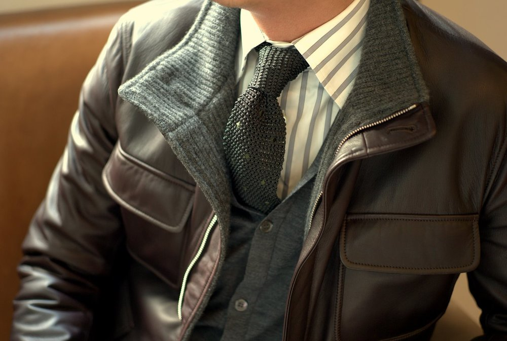 Seraphin-Deerskin-Leather-Jackets-men-style-knit-tie.jpg
