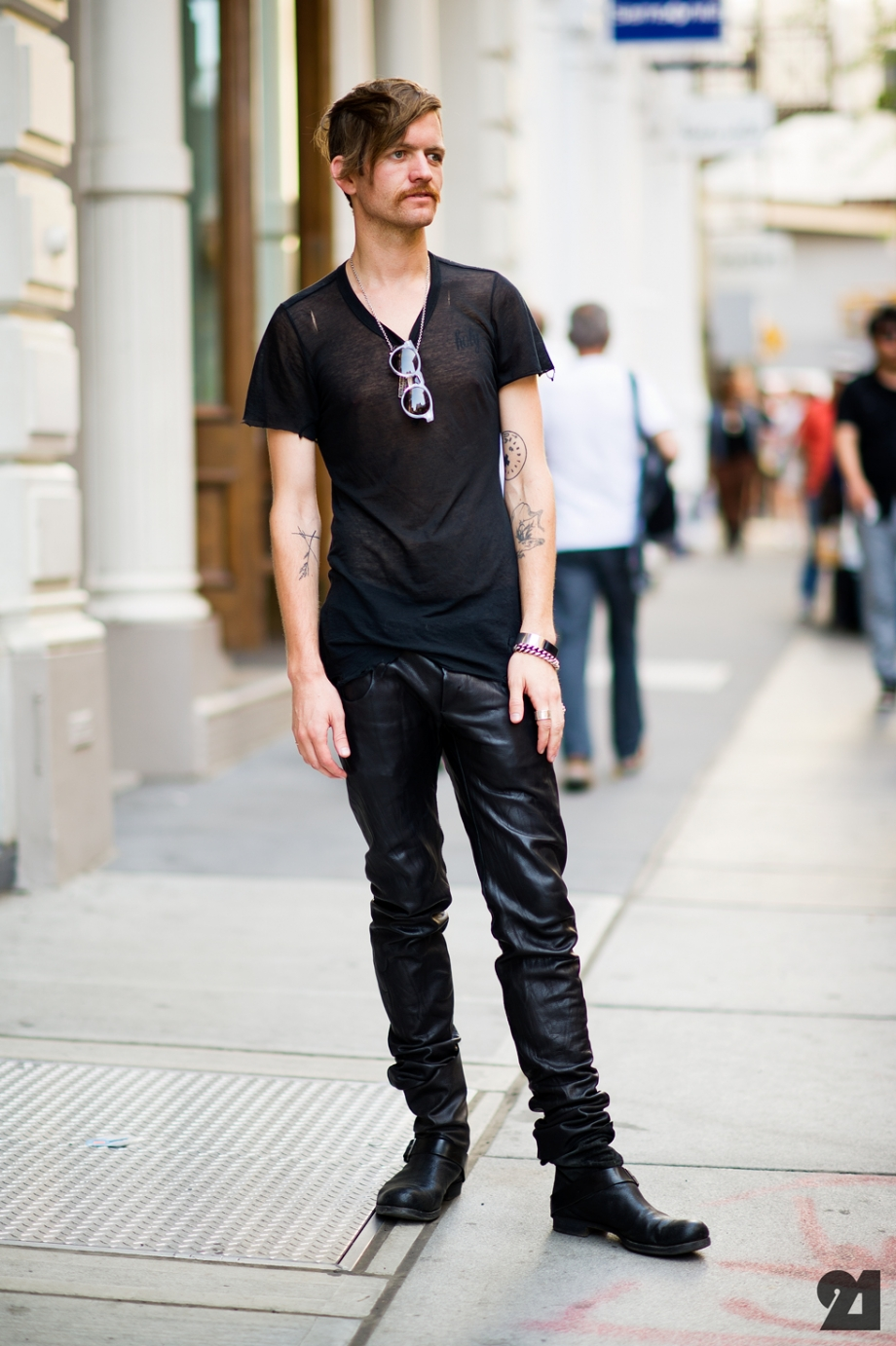 1638-Le-21eme-Adam-Katz-Sinding-Andrew-Dryden-SoHo-New-York-City-Street-Style-Fashion-Blog_21E9489-920x1382.jpg
