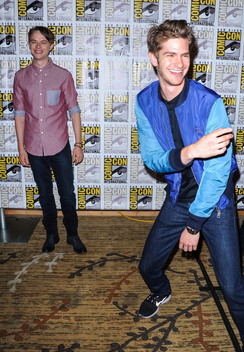 Dane DeHaan e Andrew Garfield. A dupla do segundo filme da série 'Amazing Spider-Man' variou os conjuntos e mesmo assim se saiu bem. Dane, mais arrumado, soube dosar a camisa no tom de informalidade necessário. Andrew, bem mais esportivo, mandou bem com uma jaqueta de nylon completamente adaptável a ocasiões.