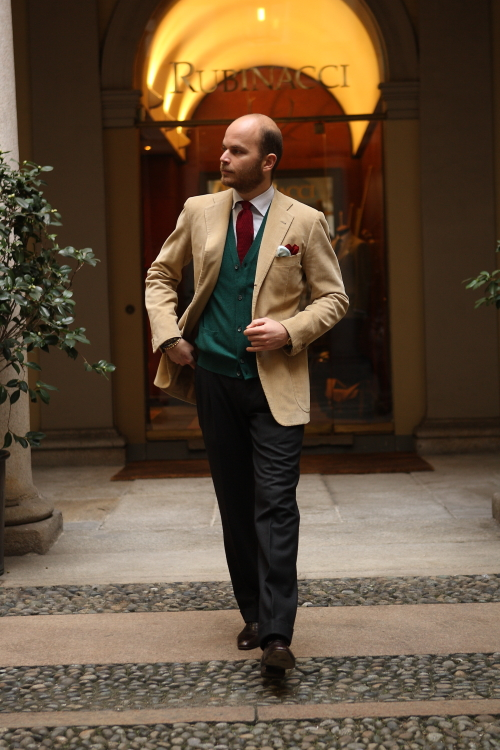 rubinacci-men-jacket-beige-style-fashion-lookbook-milano-italy.jpg