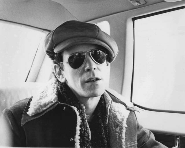 Lou_Reed_1975.JPG