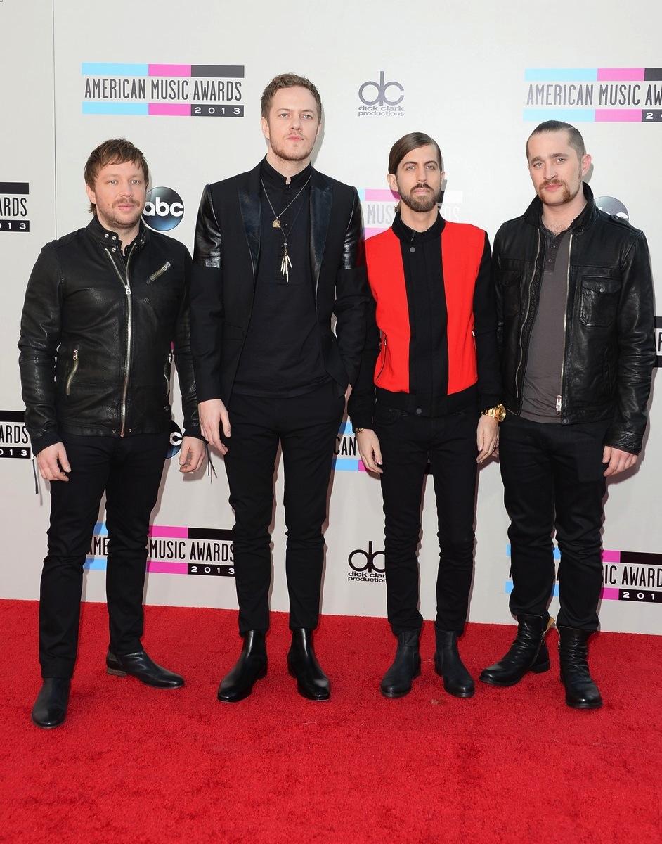 """Vencedores na categoria Ärtista de Rock Alternativo"""" e um dos poucos representantes do gênero no evento, os caras do Imagine Dragons mostraram, com estilo, o motivo de serem uma das boas notícias do rock moderno."""