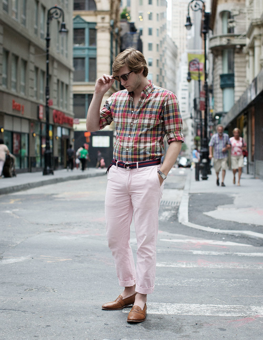 Geek-pink-streetstyle-men-fashion-prep-preppy.jpeg