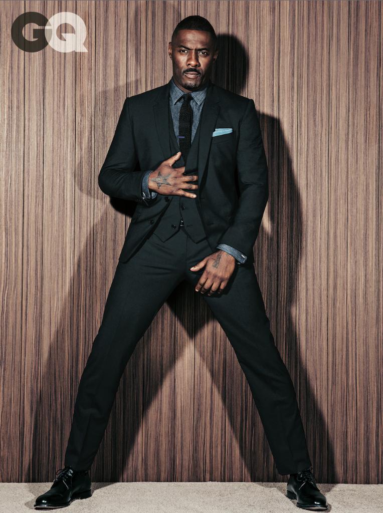 Idris Elba. De coadjuvante em filmes de Guy Richie a candidato ao inúmeros prêmios por interpretar Mandela no cinema. 2013 também foi o ano de 'Dris' Elba. Um inglês que capricha na roupa 24 horas por dia.
