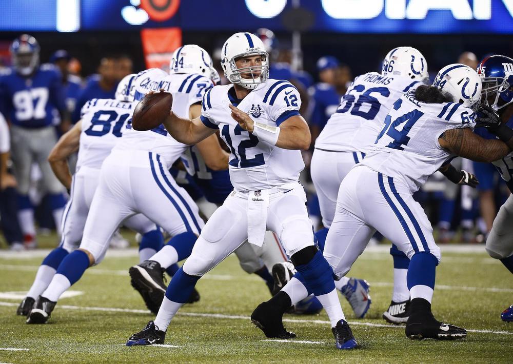 Com um dos uniformes mais clássicos da liga, os Indianápolis Colts foram até os  playoffs trajando o seu tradicional uniforme branco e azul. Afinal, essa é uma combinação que nunca falha.