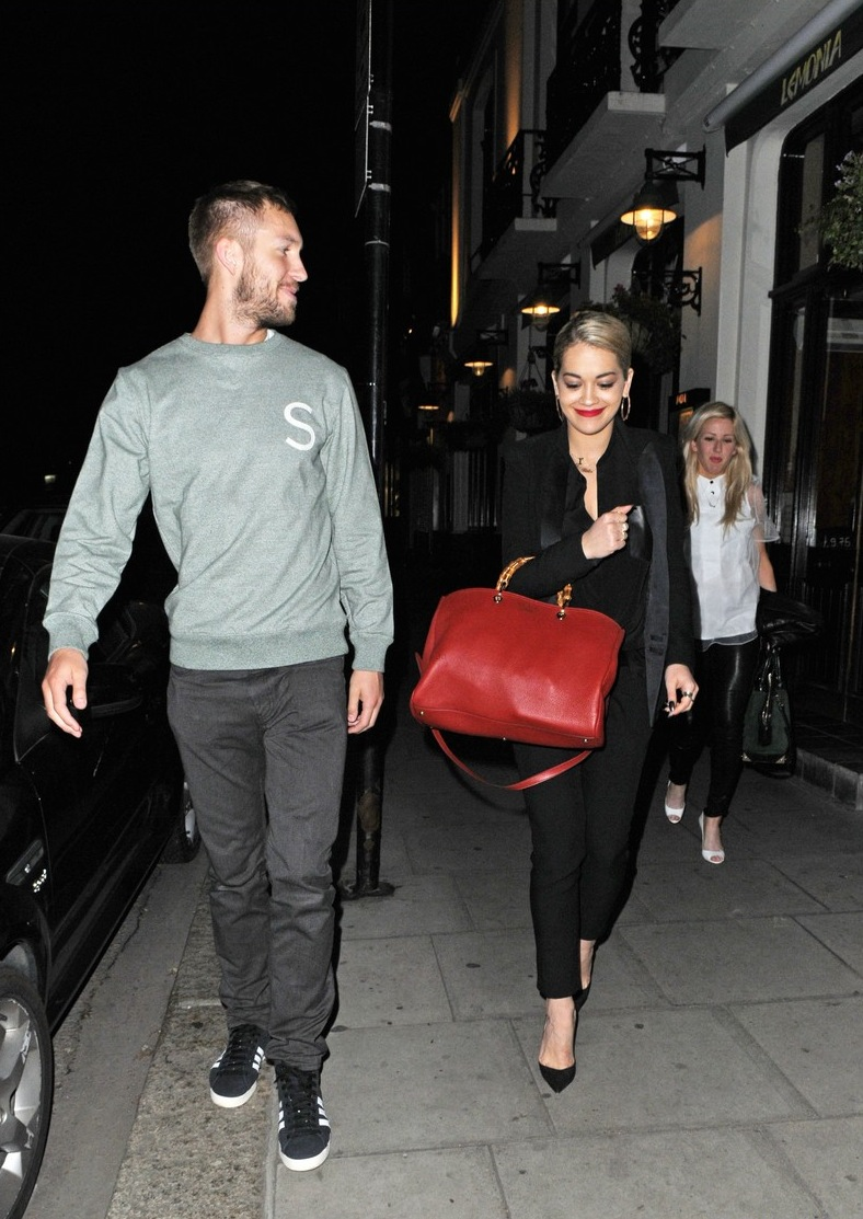 rita-ora-calvin-harris-dinner-with-ellie-goulding-05.jpg
