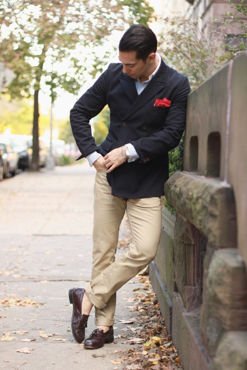khaki-pants-trousers-blue-dark-jacket-red-pocket-square.jpg