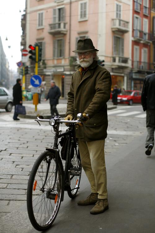 BikeMagenta.jpg