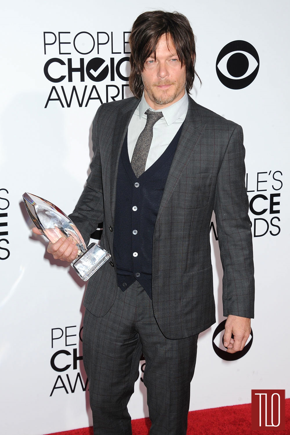 Norman-Reedus-Hugo-Boss-People-Choice-Awards-Tom-Lorenzo-Site-1.jpg