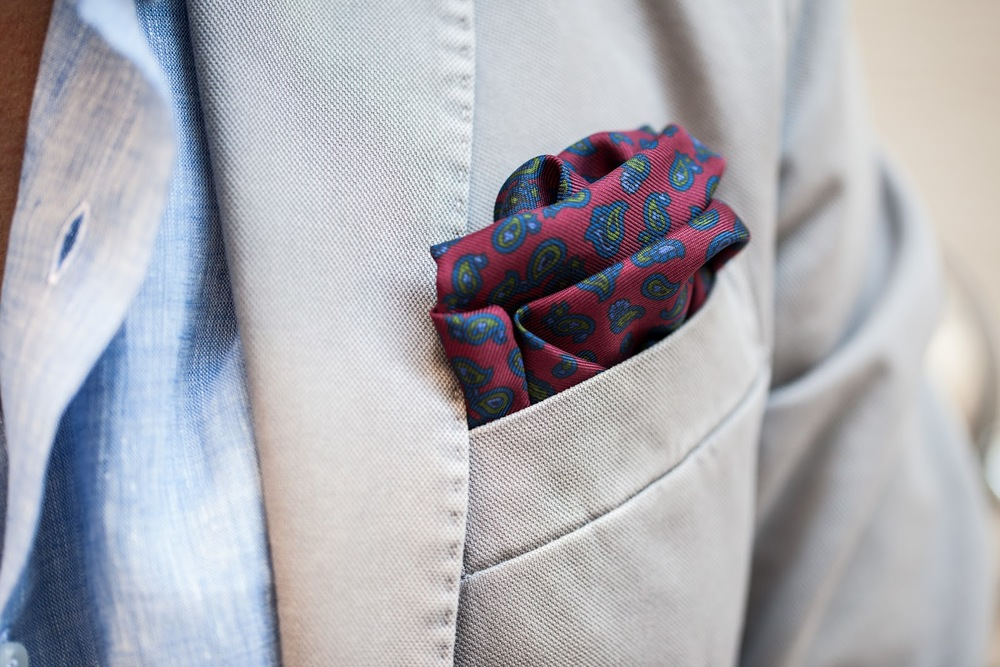 White-Grey-paisley-pocket-square-red.jpeg