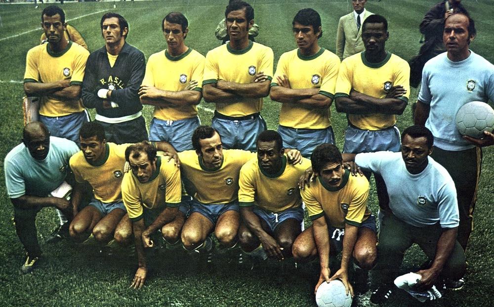 Para muitos, a seleção mais talentosa de todos os tempos. Para outros, a camisa mais importante da história do futebol. Em 1970, Pelé, Rivelino, Jairzinho e todo o elenco estelar comandado por Zagallo vestiram uma camisa amarela com pequenos detalhes em verde. Futebol e estilo que deixam saudades.