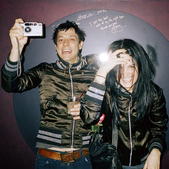 The-Kills_Kenneth-Cappello-2_GQ_20Aug12_1920_646x646.jpg