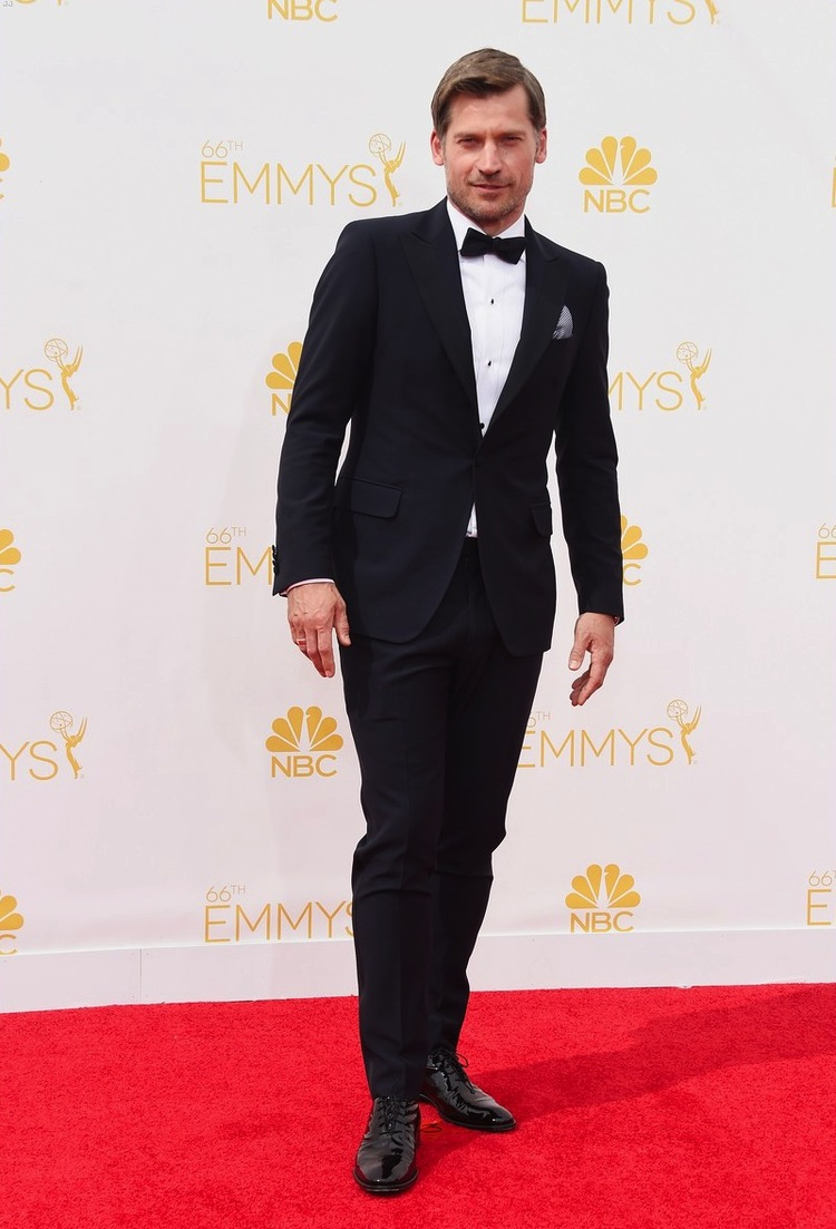 Nikolaj Coster, também de 'Game of Thrones' caprichou no costume para a premiação. Com o alfaiate em dia e apostando em detalhes como os botões da camisa e o lenço no bolso, o ator dinamarquês foi um dos mais aplaudidos da noite.