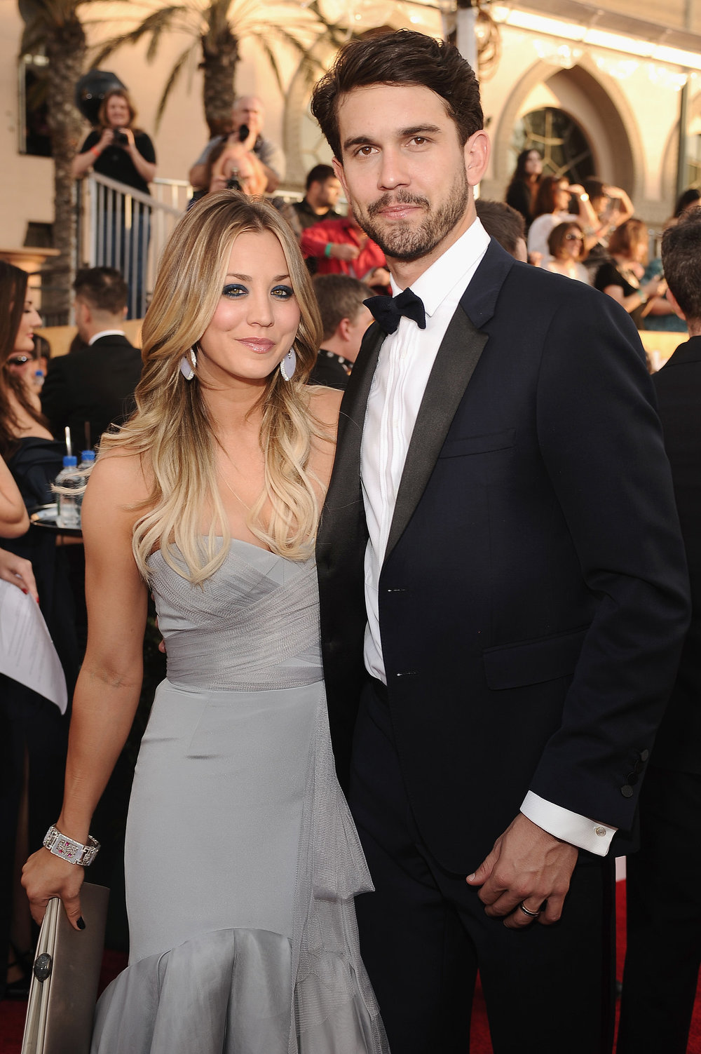 Kaley-Cuoco-stayed-close-her-new-husband-Ryan-Sweeting.jpg