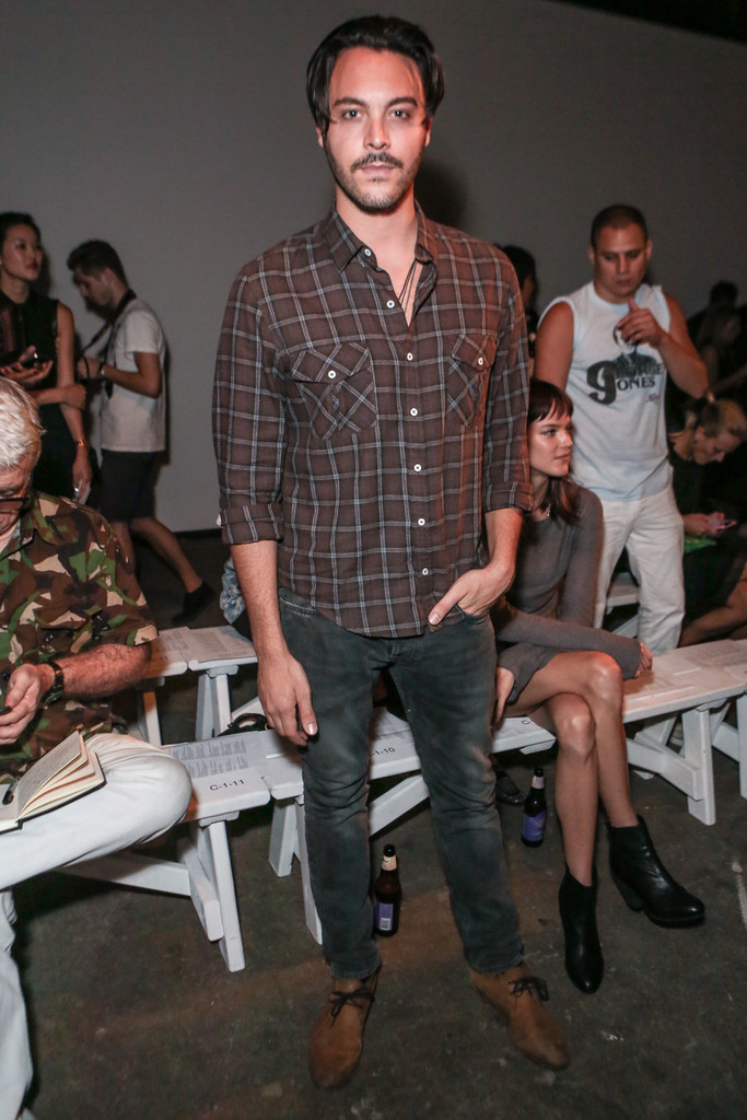 Jack+Huston+Billy+Reid+Front+Row+Spring+2013+a1dTz8o5EeOx.jpg