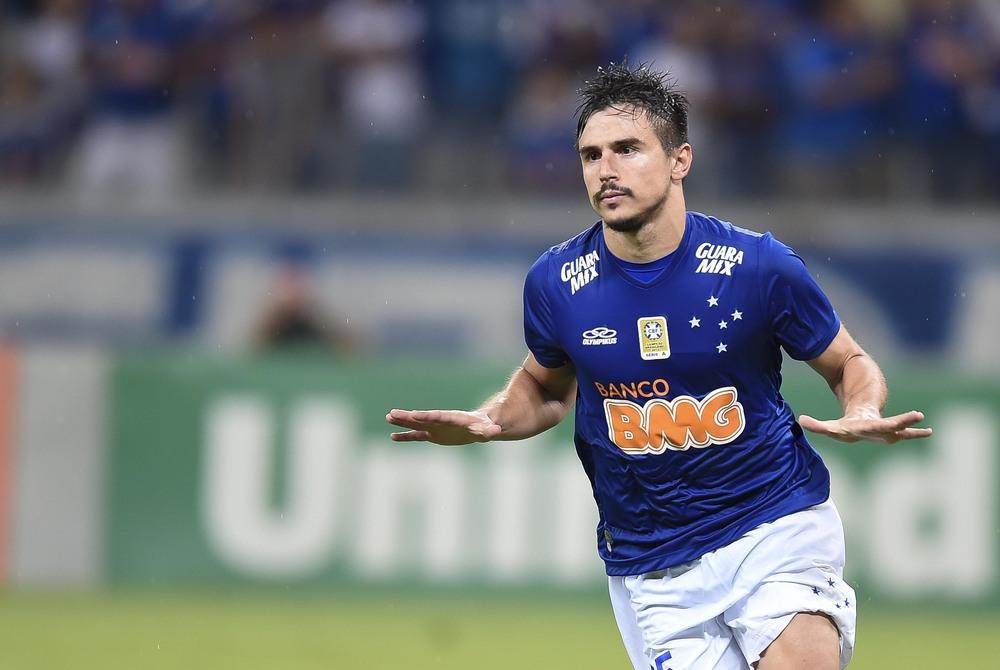 Palmeiras avança em conversas por Willian Bigode e ainda não descarta Fabiano