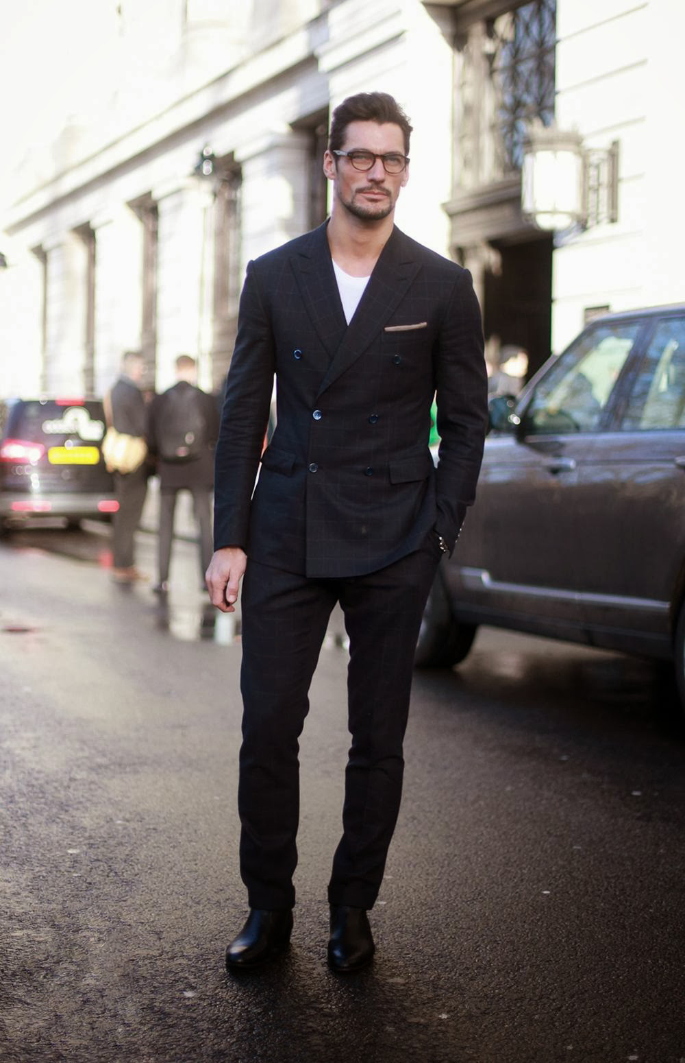 3 - David Gandy. Falando em alfaiataria, temos provavelmente o mais claro exemplo da escola britânica. David Gandy, o modelo mais famoso do planeta mostra como preservar toda tradição da costura sem perder a elegância.