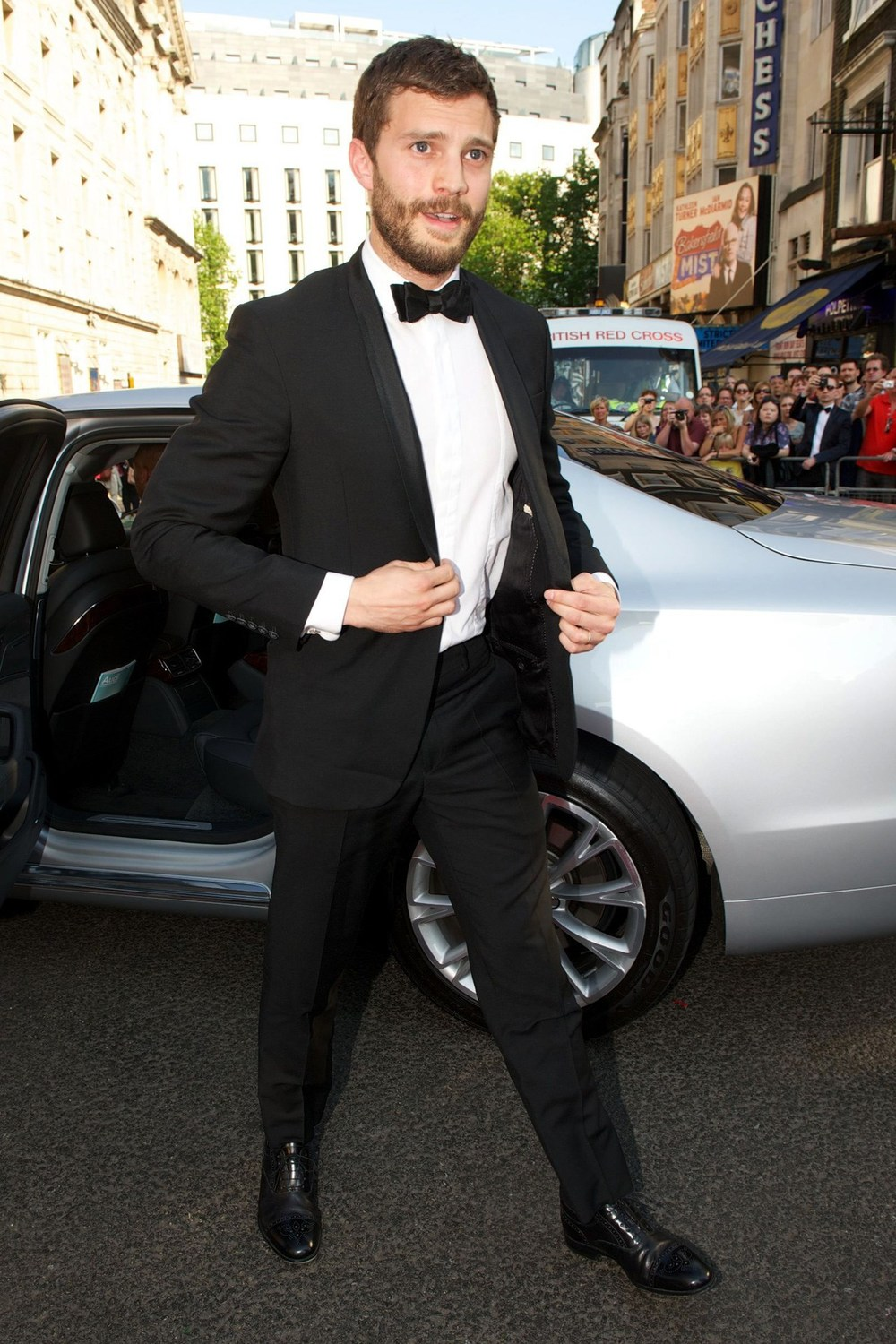 Jamie-Dornan-GQ-19May14_rex_b.jpg