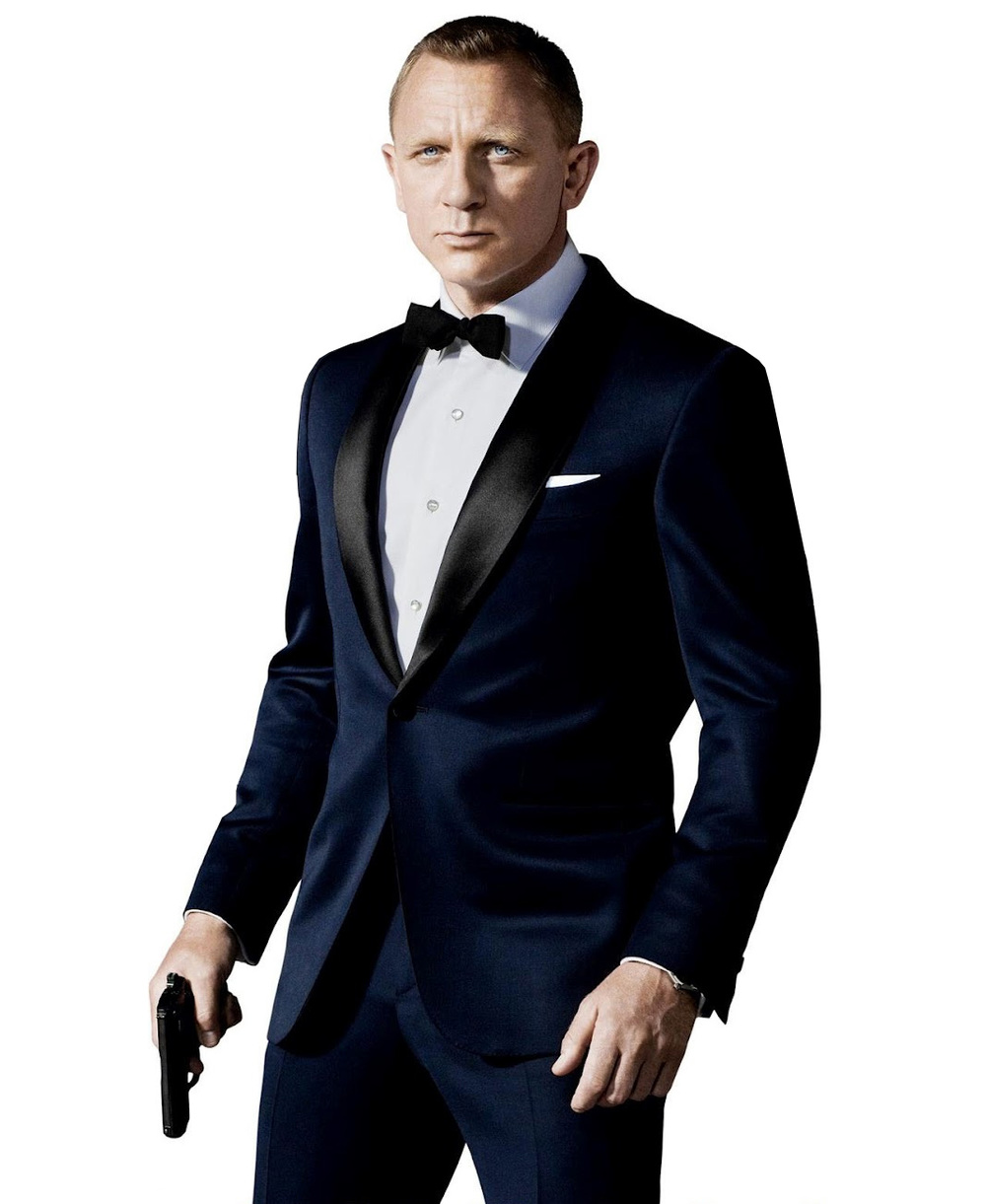 James Bond. Um clássico. E muito simples, diga-se de passagem. Um smoking minimamente bem cortado, um barbear caprichado e uma pistola de brinquedo na mão. Mortal.
