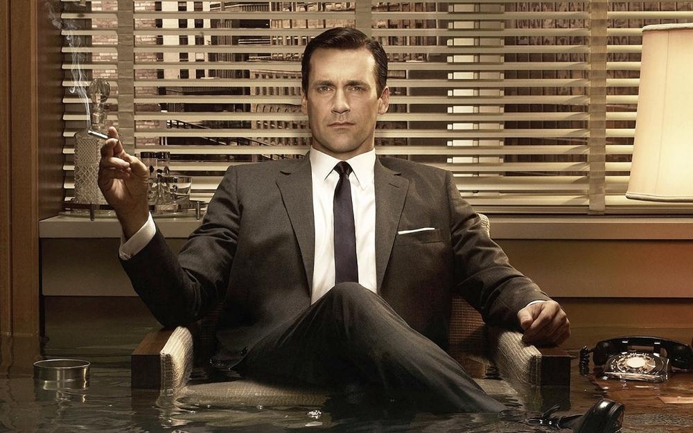 Don Draper. Sim, senhores e senhoras, éclaro que o homem mais elegante da televisão está presente. Don Draper e seus ternos anos 60 podem ser destaque em qualquer festa à fantasia.