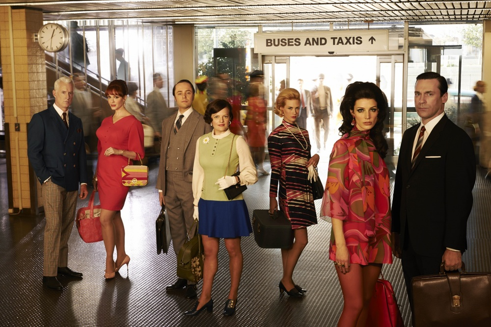 showcase_MadMen7_Mad-Men_Staircase_Group_0488_V3.jpg