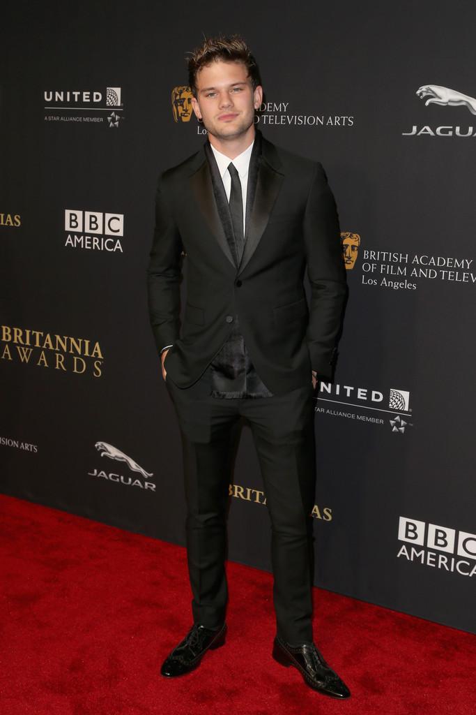 Jeremy+Irvine+BAFTA+Los+Angeles+Jaguar+Britannia+JsJ6VW00BEVx.jpg