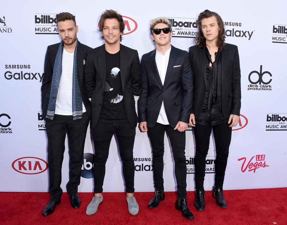 De uma forma geral os meninos do One Direction também passaram pelo nosso crivo. Agora, se formos analisar mais minuciosamente, as camisas de seda e as luzes no cabelo poderiam ter sido evitadas.