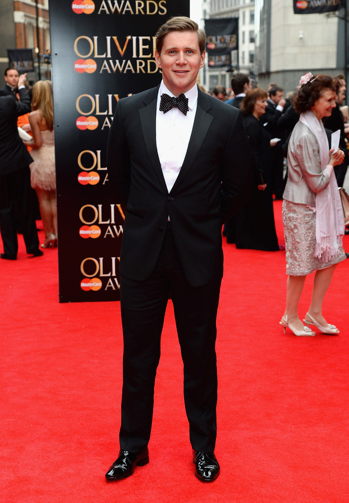 Allen+Leech+Laurence+Olivier+Awards+Red+Carpet+7Si9yLuEIeDx.jpg