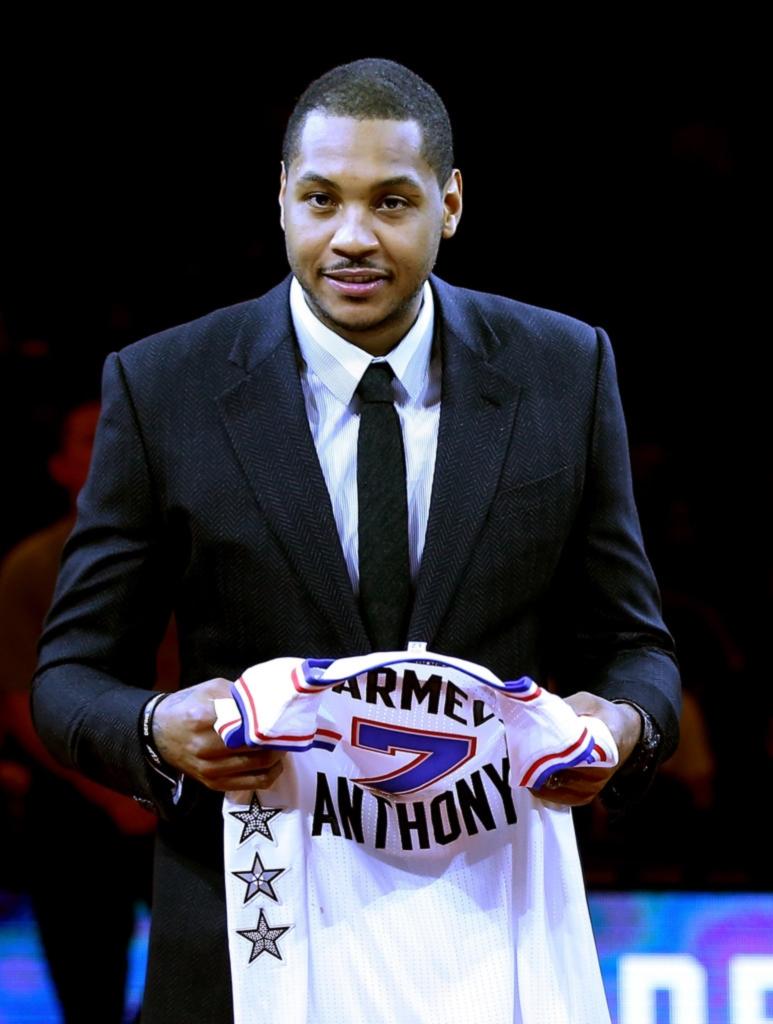 Carmelo Anthony Apesar da temporada pífia do seu New York Knicks, Carmelomais uma vez mostrou classe. Dentro e fora de quadra.