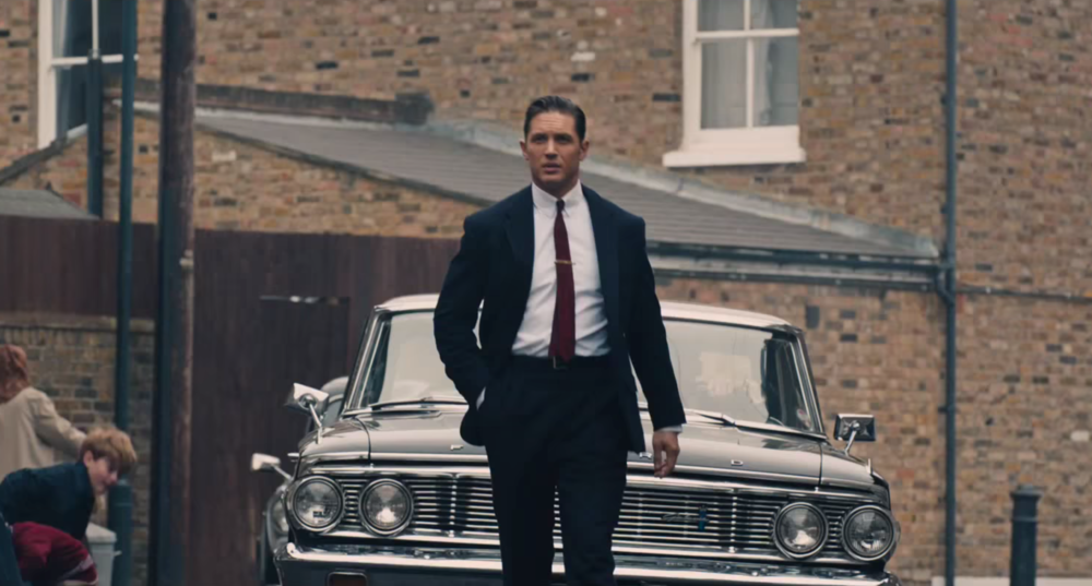 legend-trailer-tom-hardy-irmaos-kray-reggie-ronnie-5.png