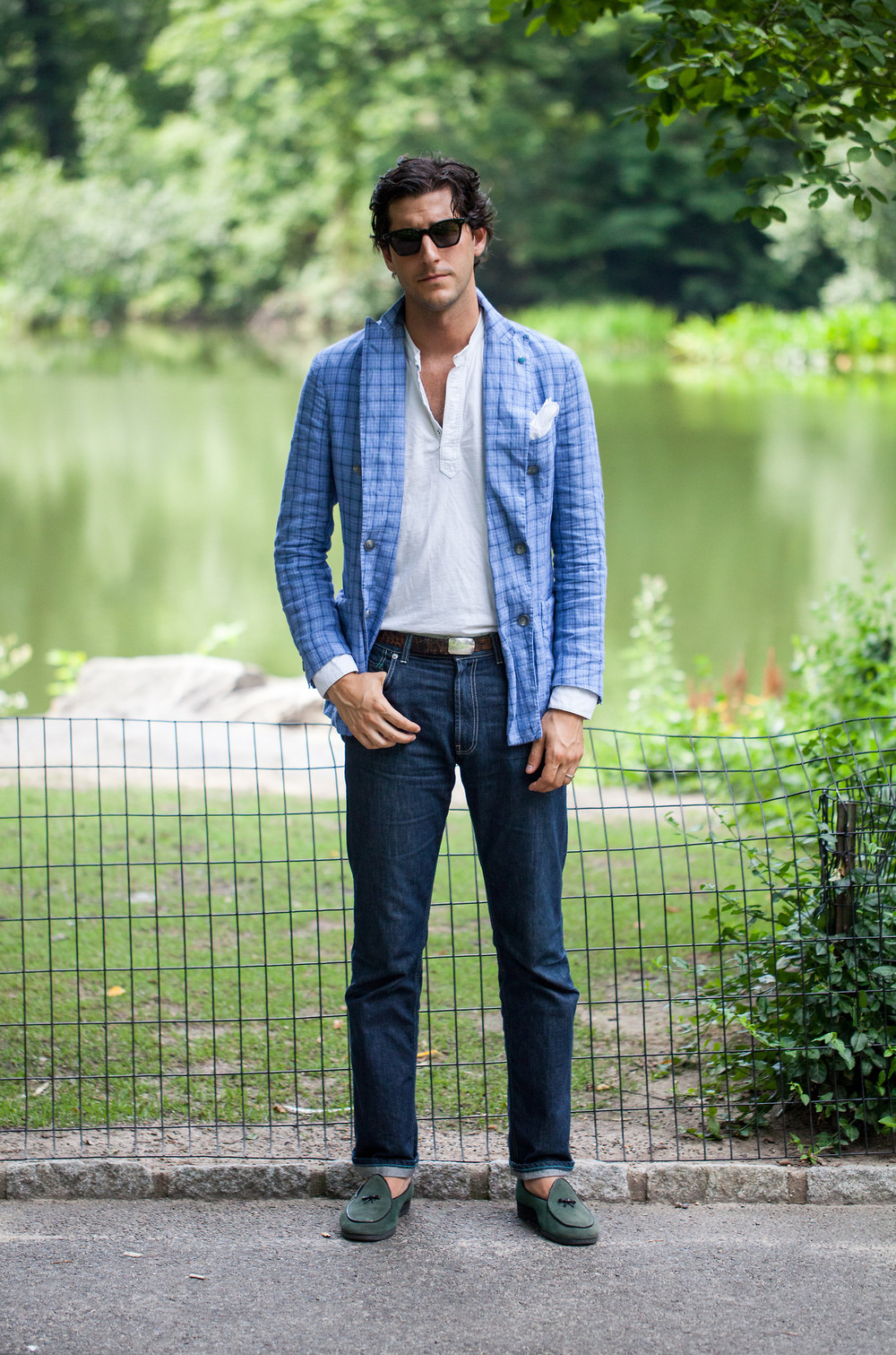 Antonio-Ciongoli-blue-blazer-dark-denim-lookbook-menswear.jpg
