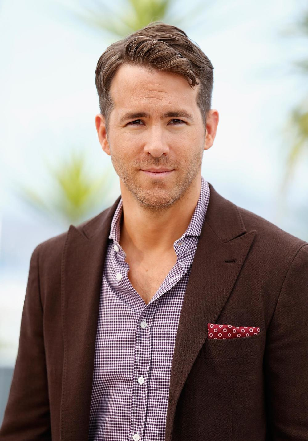 ryan-reynolds-at-event-of-the-captive-(2014)-large-picture.jpg