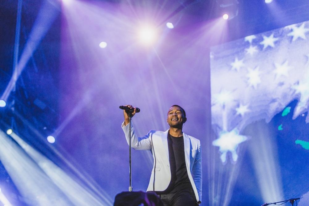John Legend é, indiscutivelmente um dos principais nomes do R&B na atualidade. Não só isso. A julgar pela aparição no Rock in Rio e em tantas outras ocasiões, é também um dos mais elegantes.