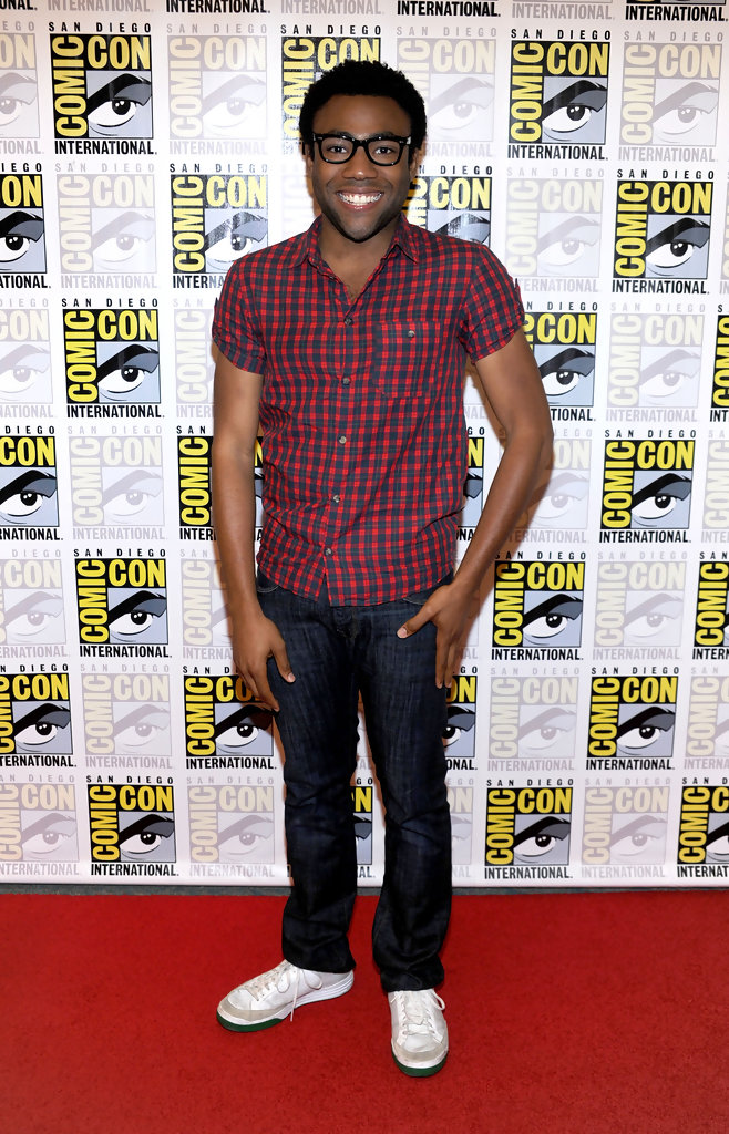 Donald+Glover+Community+Red+Carpet+2010+Comic+mPeo8PokNTHx.jpg