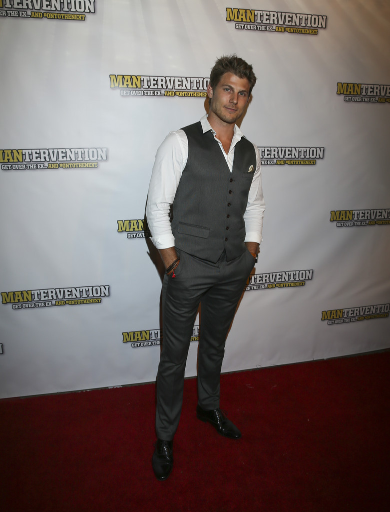 Travis+Van+Winkle+Mantervention+Premieres+G9fbyBuBoW6x.jpg