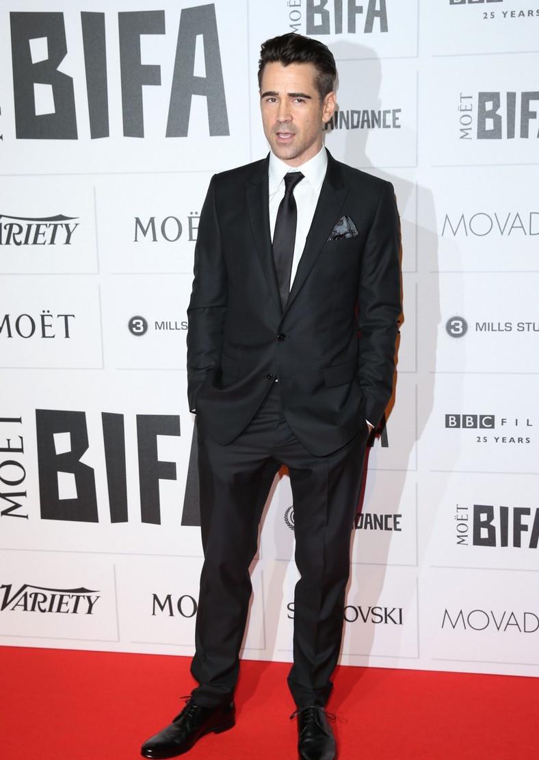 Colin Farrell é um craque. Ele tem um estilo dark/alternativo bastante peculiar e mesmo assim consegue ser um dos mais elegantes da noite. O blazer com lapela  peak e o lenço no bolso foram destaques.