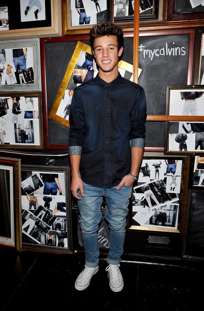 Cameron+Dallas+Calvin+Klein+Jeans+Hosted+Music+RfEpXSm3f5Vx.jpg