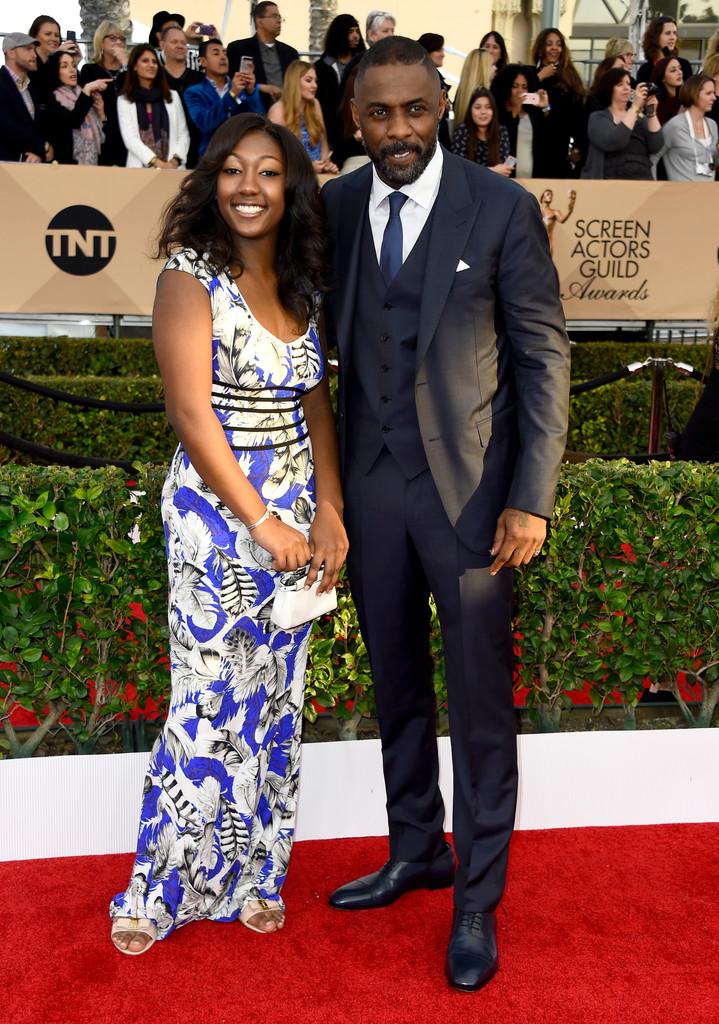 Considerado por muita gente um dos homens mais elegantes do Reino Unido, Idris Elba deu show na noite de sábado. Seu traje de três peças estava impecável. Bem como manda a tradição.