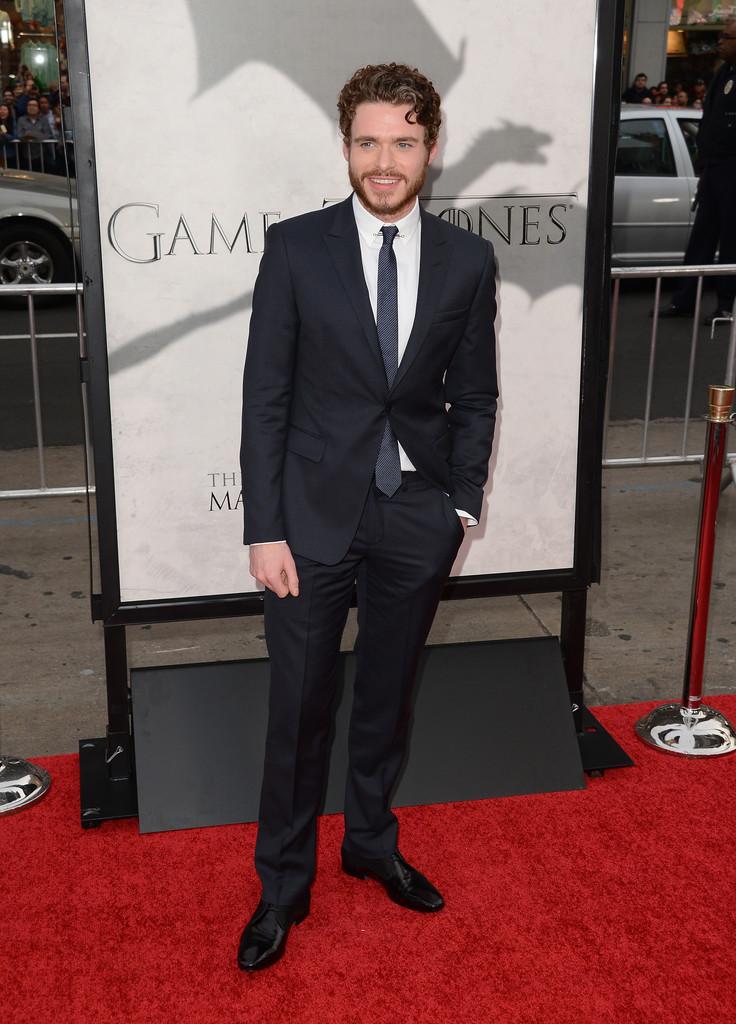 Richard+Madden+Arrivals+Game+Thrones+Season+jgQl_1qHaogx.jpg