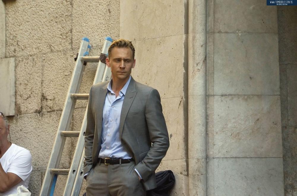 Tom-filming-The-Night-Manager-tom-hiddleston-38539057-1280-847.jpg