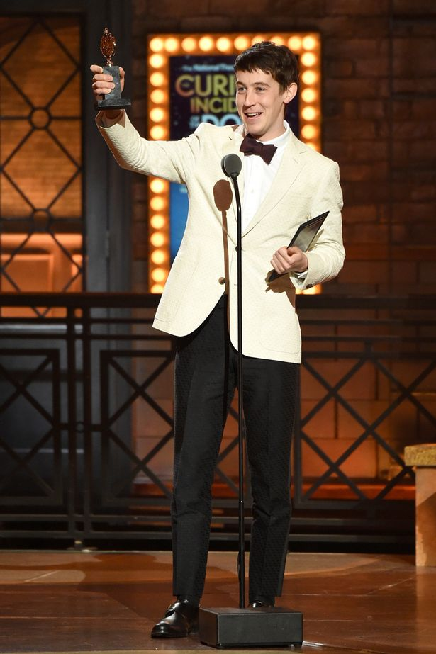 Alex-Sharp-accepts-the-award-for-Best-Performance-by-an-Actor-in-a-Leading-Role-in-a-Play-for-The-Curious-Incident-of.jpg