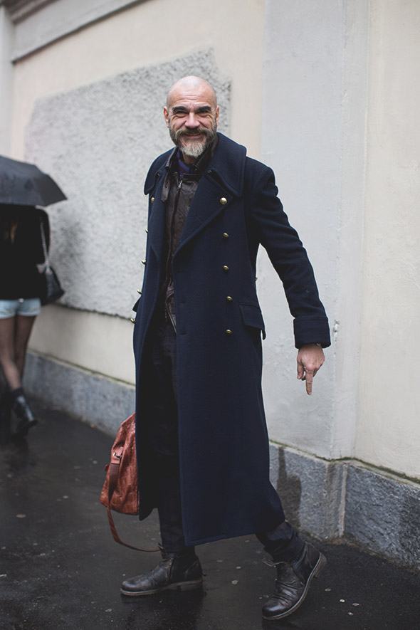 overcoat-metal-buttons-menswear-style-fashion.jpg