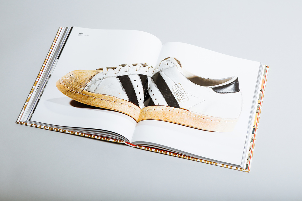 out-of-the-box-rise-of-sneaker-culture-book-03.jpg
