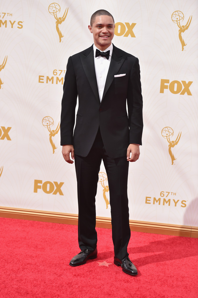 Trevor+Noah+67th+Annual+Emmy+Awards+Red+Carpet+AO6kZAESXFRx.jpg