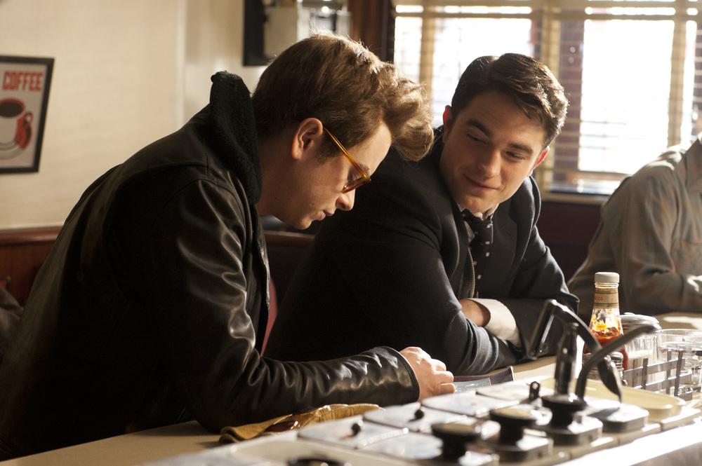 Robert-Pattinson-Dane-DeHaan-Life-Movie-Pictures-002.jpg