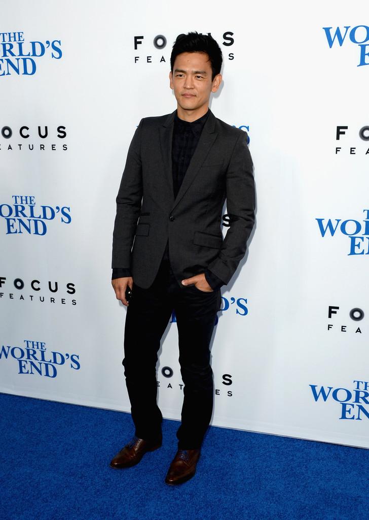 John+Cho+World+End+Premieres+Hollywood+Part+vk_xqMybbXGx.jpg
