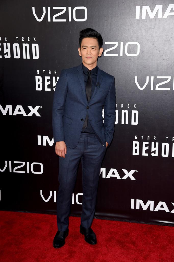 John+Cho+Premiere+Paramount+Pictures+Star+WzRPdwY_quSx.jpg